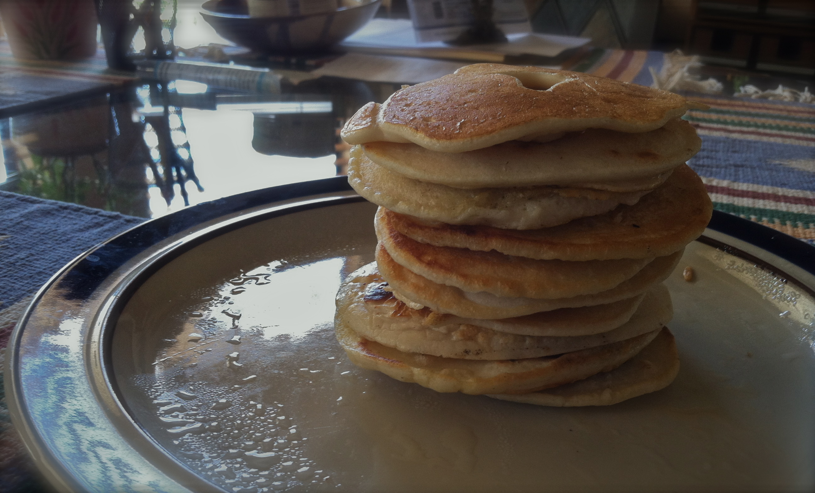 A protein-packed stack of urad dal pancakes!